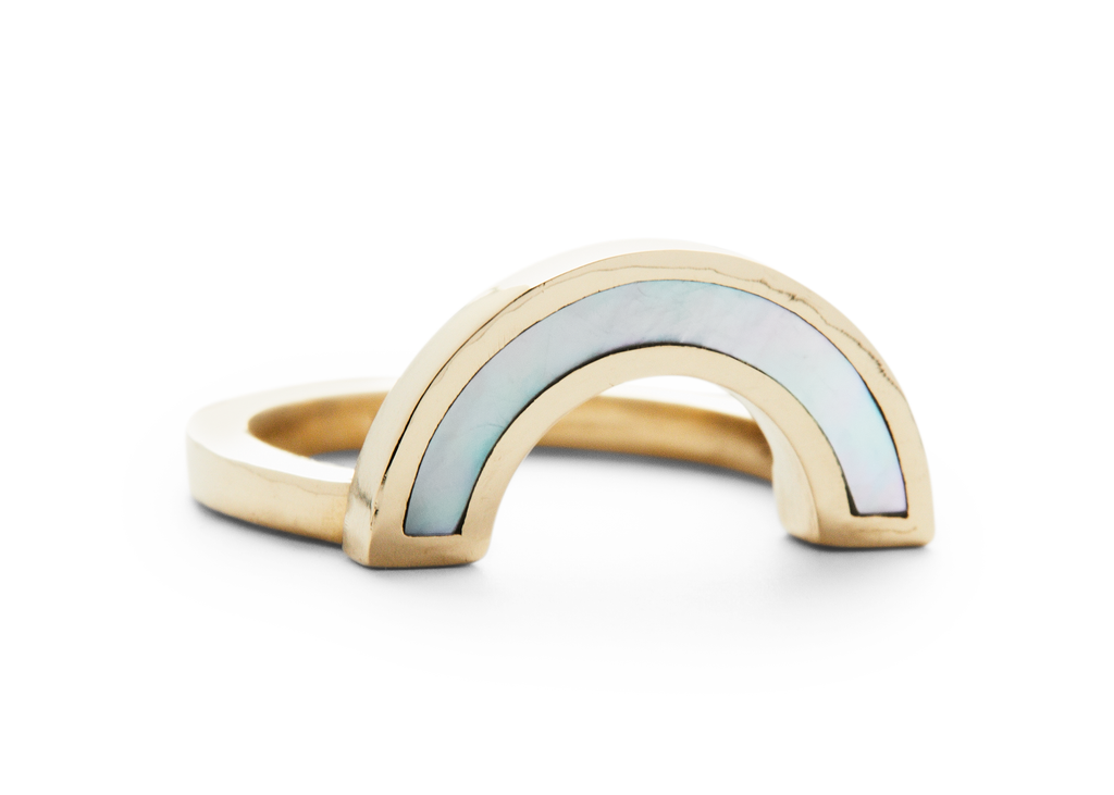 rainbow ring / yellow gold + mother of pearl - casual seance