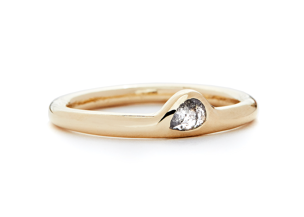 BABY PEAR /  ROSE-CUT DIAMOND - casual seance
