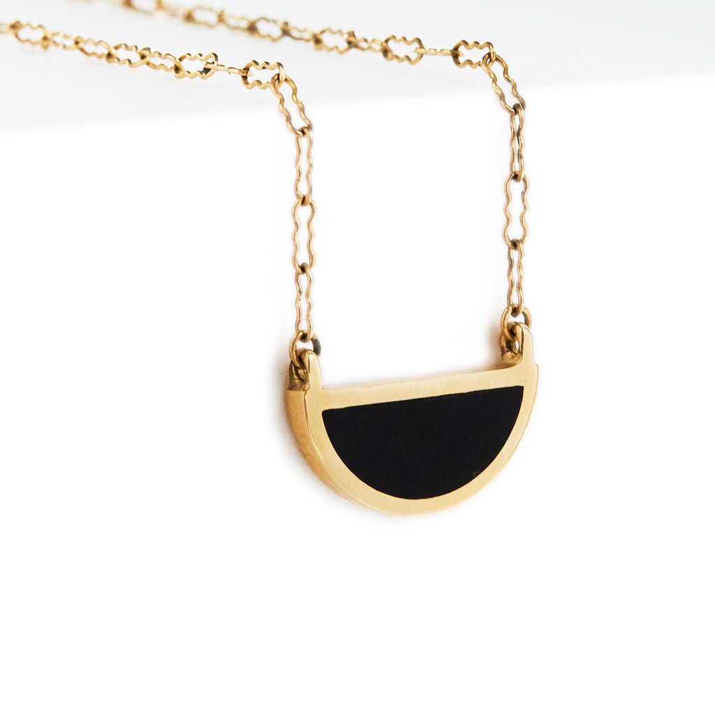 one half pendant / gold + black onyx - casual seance