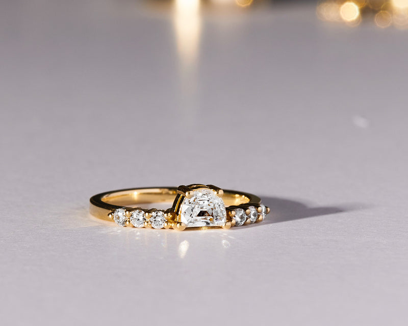 APOLLO RING / HALF MOON DIAMOND
