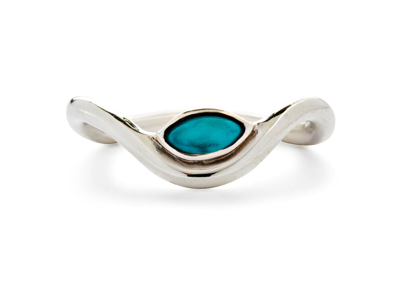 casual seance - curved silver band with turquoise marquise gemstone