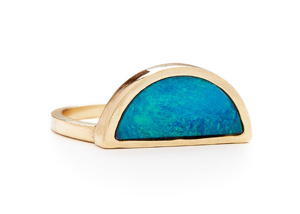 one half ring / yellow gold + opal - casual seance