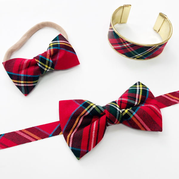 Coordinating Christmas Bow Tie, Bow and Bracelet