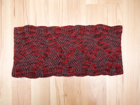 Visceral cowl pattern