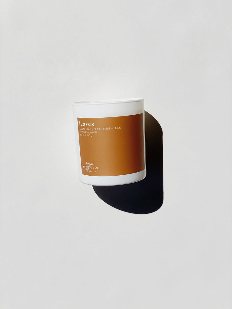 North + 29 - 8.5 oz Soy Candle - Leaves