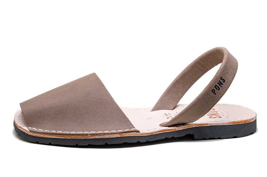 Avarcas Pons - Women's Classic Style - Taupe