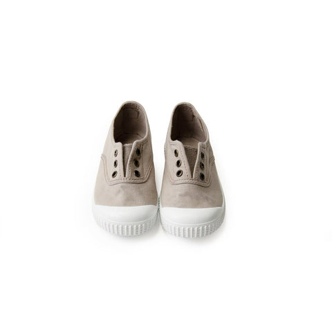 Victoria Shoes - Classic Laceless - Beige