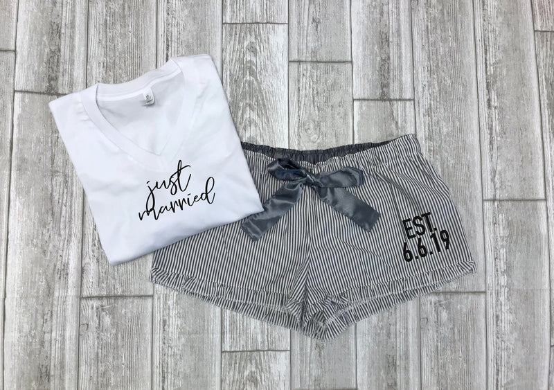 personalized honeymoon pajamas, bride to be gift, custom bridal gift set, wedding party gift, bride t-shirt, gift for bride,just married set