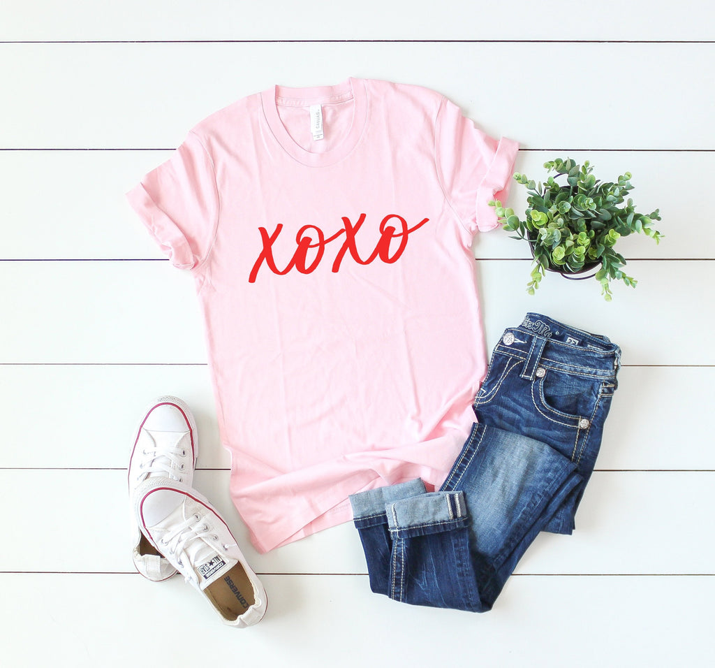Valentines day shirt -Xoxo shirt-Cute women's Valentine shirt- Valentines day gift for her - Women's valentine day shirt- Valentines day top