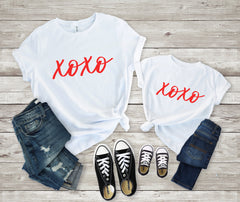 xoxo valentines day shirt- Matching valentines shirt- Mommy and me Valentines shirt  -mom and daughter valentines day shirt - mommy and me