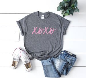 Cute women's Valentine shirt, Valentines shirt, Xoxo shirt, Valentines day gift for her, Women's valentine day shirt, Valentines day top