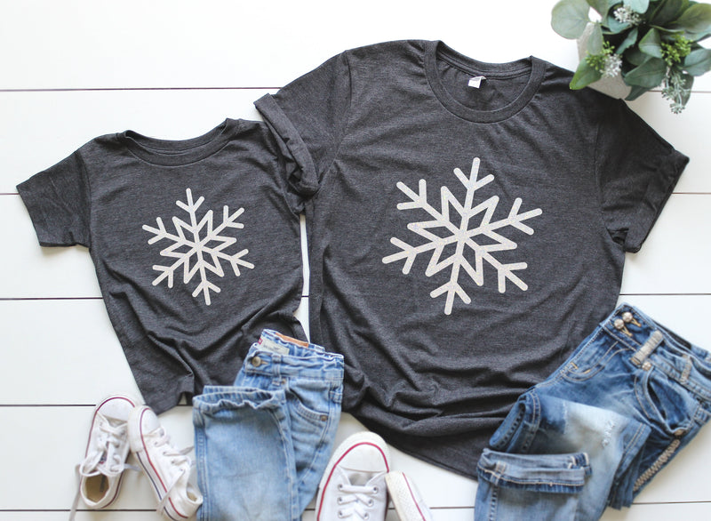 Holiday shirts,Family Shirt,Matching Christmas Shirts,Family photos,Custom Holiday shirts,Mommy and me shirt,Couple T-shirts,Matching Shirts