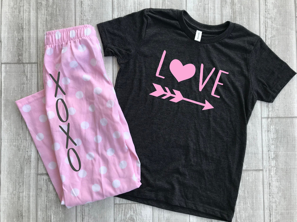 Xoxo Pajamas, Child Valentines day pajamas, Love pajamas, Cute Valentines Pajamas for kids, Heart shirt, Valentines day pjs, Polka dot Pjs