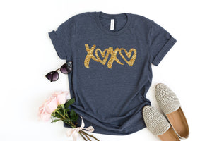 Glitter Valentines day shirt- Xoxo top- Shirt for valentines day- Valentines day outfit- Glitter shirt- Valentines day shirt- Valentine top-