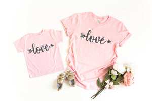 Mommy and me Valentine's shirts, Cute valentines day shirts, matching mom and daughter shirts, love shirt, Valentines day top, Xoxo shirt