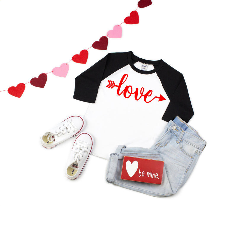 Children's Valentines day shirt, Xoxo top, Kids baseball shirt, Valentines day outfit, Cute V-day outfit, Children's Holiday top, love shirt