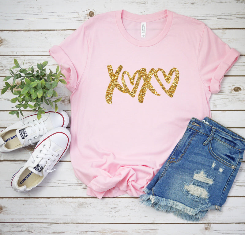Love shirt -Cute Valentines day outfit- Glitter shirt- Valentines day shirt- Valentine top - Glitter Valentines day shirt- Xoxo top-