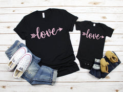 Valentine's shirt - Xoxo shirt- Mommy and me outfit  - Mom and daughter shirt - love shirt for mom and daughter - Cute matching shirts-