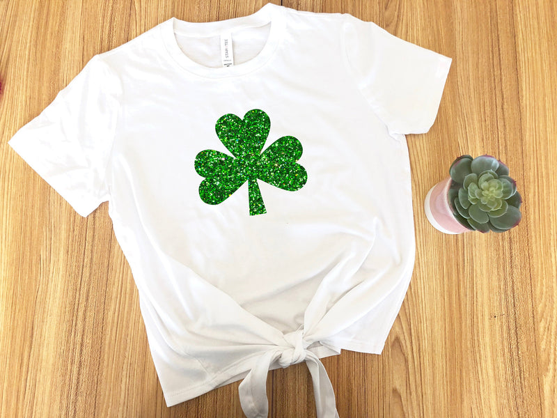 St. pattys day outfit,  Shamrock shirt, St Patricks day top, glitter shamrock shirt, women's shamrock shirt, shamrock  crop top
