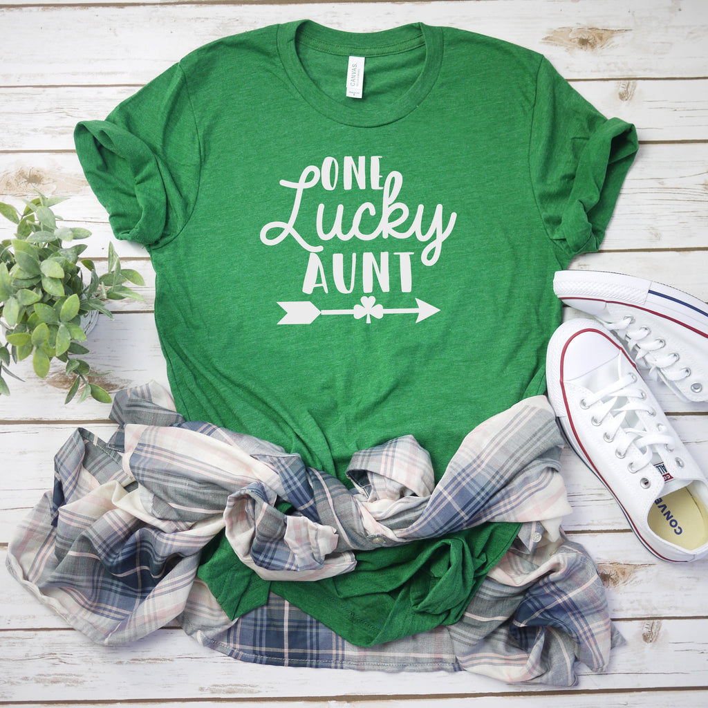 Aunt Saint Patrick day shirt, St. Patrick's day shirt , Gift for aunt, One lucky Aunt Shirt, Saint Paddy's day shirt, New aunt shirt,