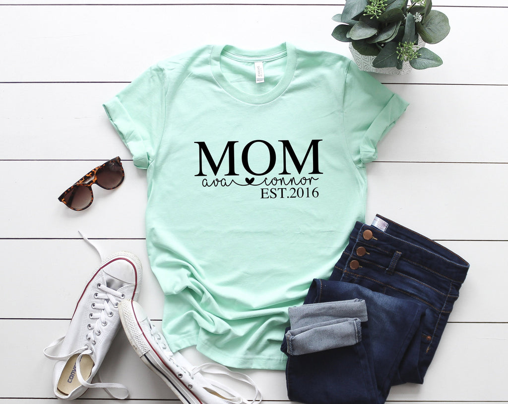 Mothers day Personalized, Gift for Mom, Mothers day gift from children, Birthday gift for mom, Custom t-shirt for mom, Proud Mom t-shirt
