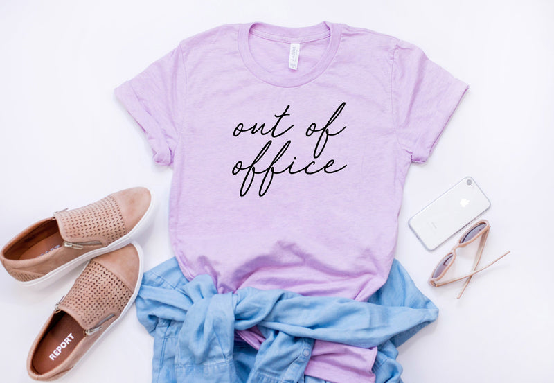 vacation shirt - Boss Lady shirt - out of office - woman's t-shirt - Woman's graphic tee - gift for boss - vacay outfit