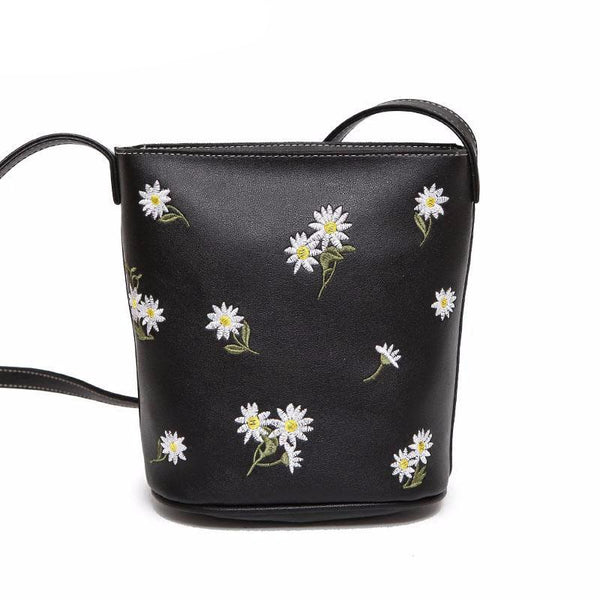 Embroidered Daisy Bucket Bag
