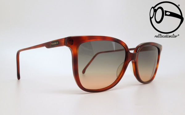 ragazza in by la griffe 13 70s Original vintage frame for man and woman, aviable in our store