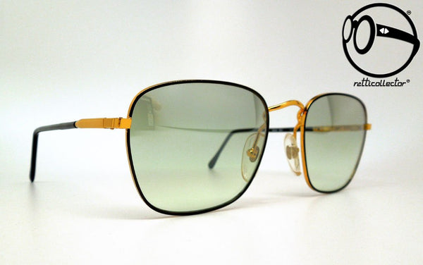 les lunettes mod 351 c1 fgr 80s Original vintage frame for man and woman, aviable in our store