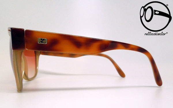 courreges paris 8693 8 c43 80s Original vintage frame for man and woman, aviable in our store