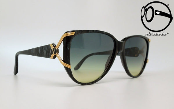 valentino v152 516 80s Original vintage frame for man and woman, aviable in our store