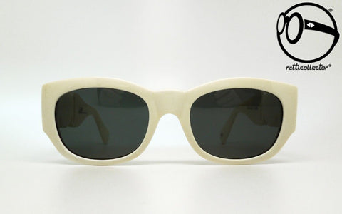 products/ps41a1-gianni-versace-mod-413-b-col-850-90s-01-vintage-sunglasses-frames-no-retro-glasses.jpg
