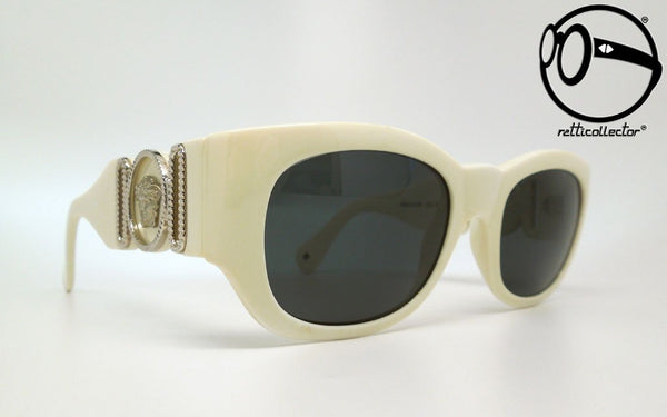 gianni versace mod 413 b col 850 90s Unworn vintage unique shades, aviable in our shop