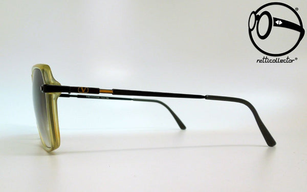 valentino mod 037 68 80s Unworn vintage unique shades, aviable in our shop
