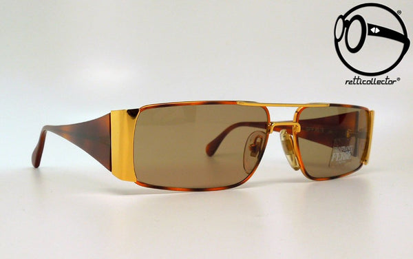 gianfranco ferre gff 45 s 203 80s Unworn vintage unique shades, aviable in our shop