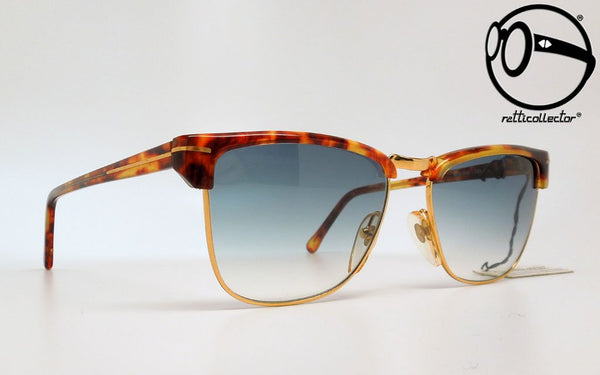 gianni versace mod v 41 col 966 gbl 80s Original vintage frame for man and woman, aviable in our store