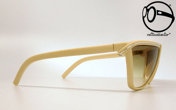 gianni versace metrics prototipo 1b 80s Unworn vintage unique shades, aviable in our shop