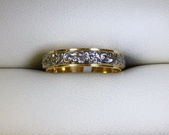 18CT YELLOW AND WHITE 2 TONE FILIGREE WEDDING BAND