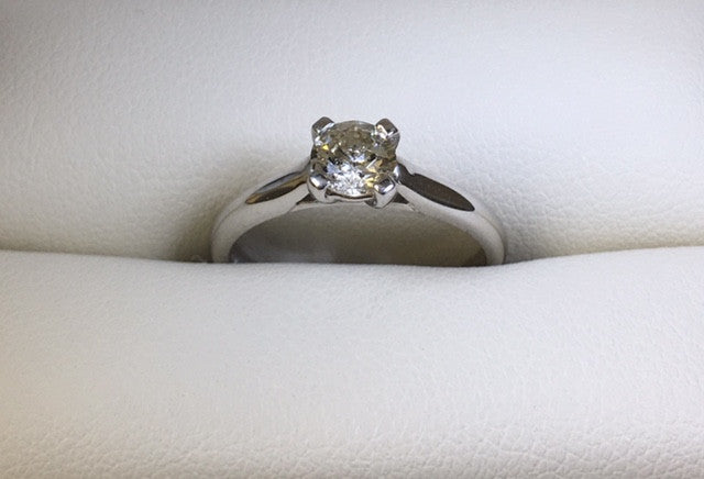 18Ct White Gold 0.50 Ct Solitaire Diamond Engagement Ring