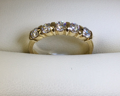9Ct Yellow Gold 5 X Cubic Zirconia Bar Set Ring