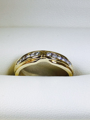 9Ct Yellow Gold 12 Diamond Set Band
