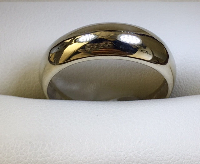 9Ct White Gold Plain Narrow Dome Ring