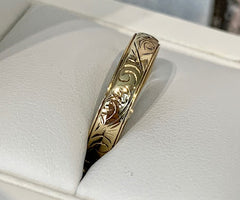9ct Yellow Gold 4mm Wide Engraved Wedding Ring - size N - R2363