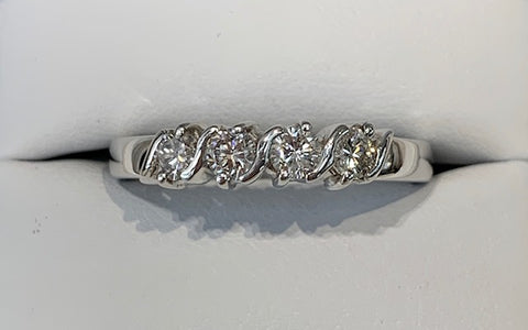 0.52ct TDW Diamond Band r1817