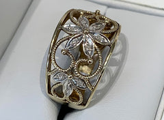 9ct Yellow Gold Ladies Filigree and Floral Design Ring with Diamond Set Petals - size P1/2 - R2502