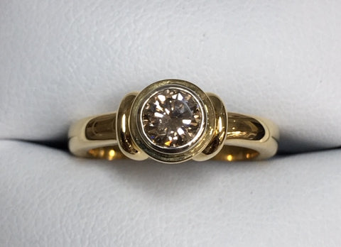 18ct Yellow Gold Double Bezel Champagne Diamond Ring TDW 0.51ct