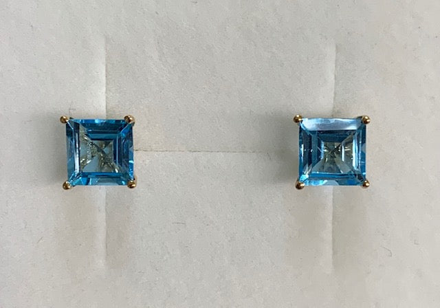 9Ct Yellow Gold 4 Claw Set Square Blue Topaz Studs Earrings