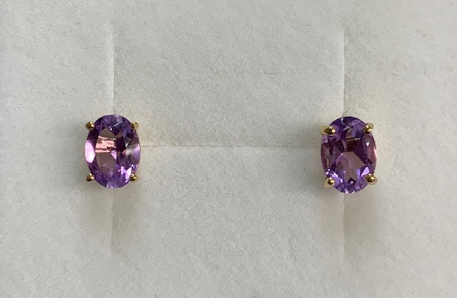 9Ct Yellow Gold Oval Amethyst Stud Earrings