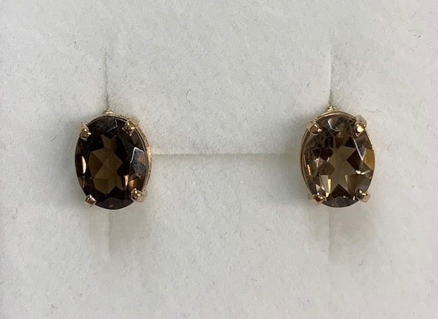 9Ct Yellow Gold Oval 4 Claw Set Smokey Quartz Stud Earrings