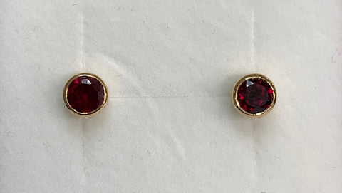 9CT Yellow Gold 4Mm Round Bezel Set Ruby Stud Earrings